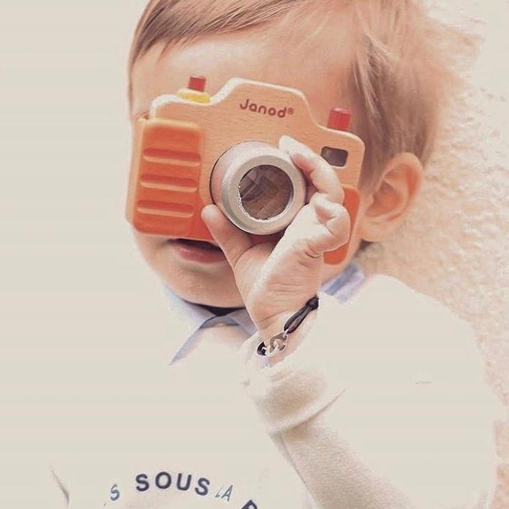 kinder camera